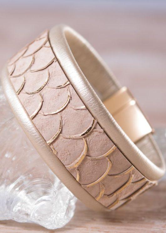 Leather Cuff Bracelet - Thin Beige Scale