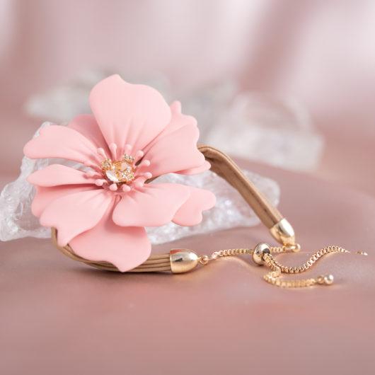 Statement Flower Pull-Cord Bracelet - Peach