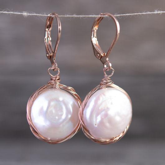 Edge Wrap Disc Drop Pearl Earrings - Natural Peach / Rosegold