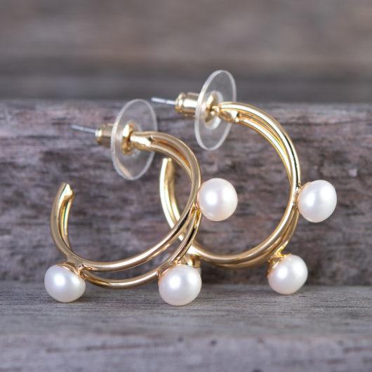 Tri Pearl Ear Hugger Earrings - Gold